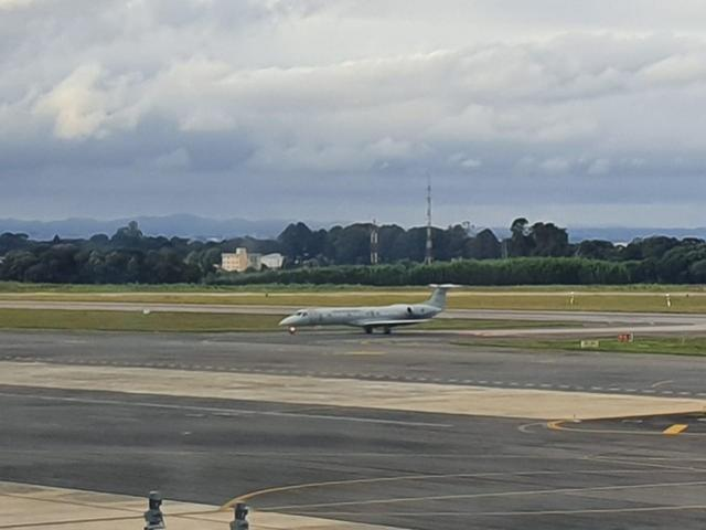 Após quarentena repatriados da China chegam ao Paraná