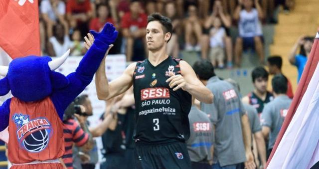 Alexey celebra volta, mas Mineiro se machuca e pode desfalcar Franca em SP