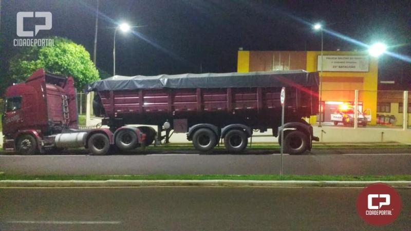 Carreta roubada em Londrina foi recuperada em Umuarama pela Polícia Militar
