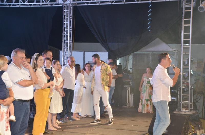 Muita alegria, festa e desejos de prosperidade com a chegada de 2020 em Ubiratã