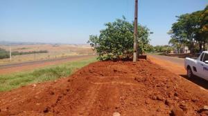 Urbanização na perimetral Marcilio Daltro melhora visual da entrada de Ubiratã