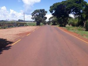Pintura de faixas na Rodovia Ercides Rossetto garante mais segurança aos usuários