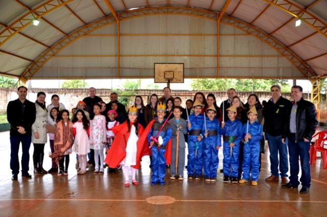 Abertura da Semana da Pátria foi realizada no Distrito de Yolanda  em Ubiratã
