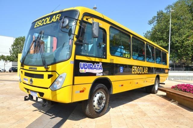 Ubiratã conquista mais 5 novos ônibus escolares