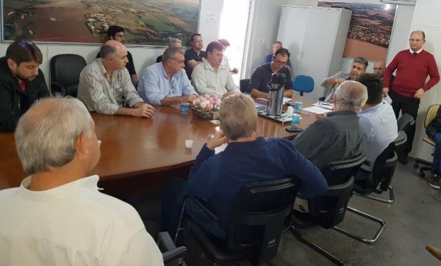 Ubiratã participa da assembleia do Consórcio Piquiri em Nova Aurora