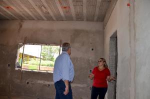 Escola Municipal do Campo Porto dos Santos do distrito de Ubiratã está sendo reformada e ampliada