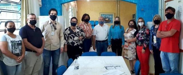 Realizada reunião de partida da obra de reparos no Colégio Estadual Quintino Bocaiúva de Ubiratã