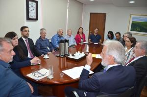 Presidente do TER-PR visita Ubiratã para tratar do cadastramento biométrico de eleitores
