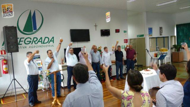 Prefeito Baco participa de evento comemorativo pelo aniversário da Cooperativa Integrada