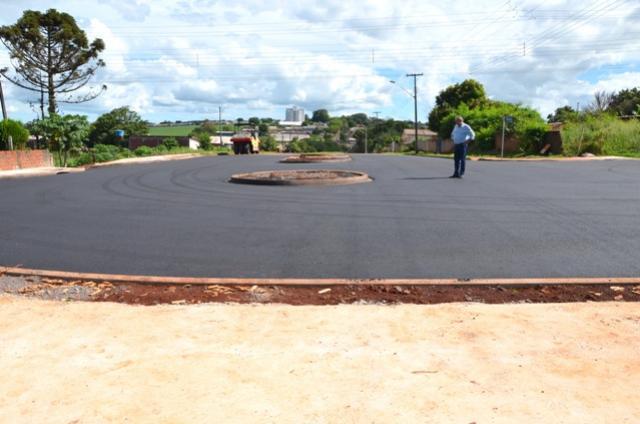 Concluída pavimentação na Avenida João Medeiros de Ubiratã depois da retirada de casas