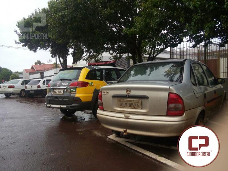 Após denúncia Polícia Militar de palotina recupera veículo furtado em Ubiratã