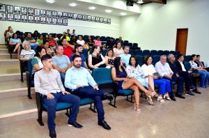 Conselheiros tutelares eleitos em 2019 tomaram posse em Ubiratã para atuar de 2020 a 2023