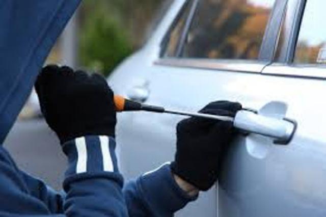 Um veículo foi furtado neste sábado, 10, durante evento esportivo em Ubiratã