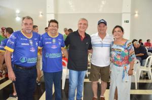 Craques da seleção master do Brasil se confraternizaram com ubiratanenses em um almoço especial
