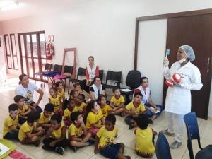 Crianças do CMEI Lugar de Gente Feliz visitam Unidade de Saúde Josefina em Ubiratã