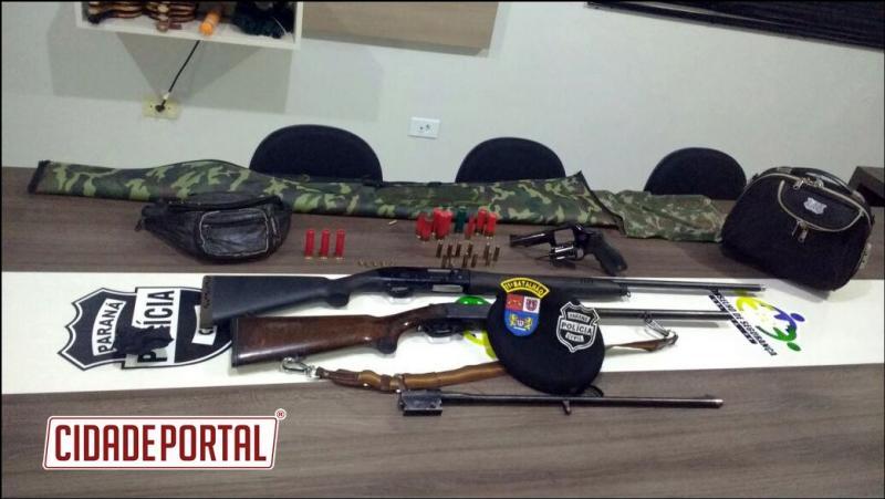 Forças Policiais de Ubiratã, Civil e Militar apreendem armas durante mandado de busca e apreensão
