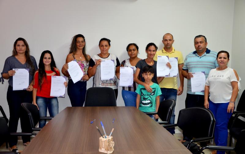 Servidores aprovados no concurso público de 2016 tomaram posse em Ubiratã