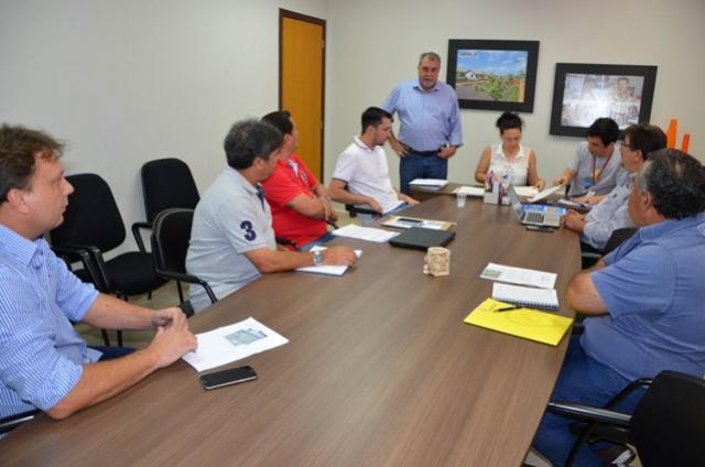 Administração Municipal encerra 2017 com recorde de licitações em Ubiratã