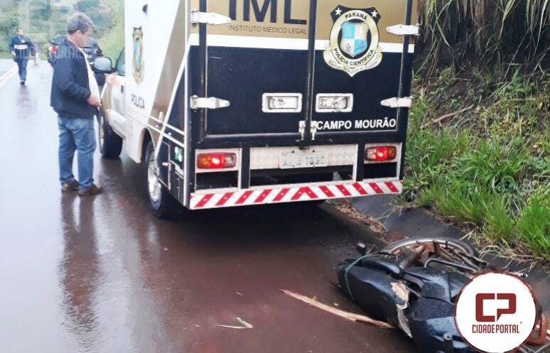 Motociclista perde a vida após se chocar em barranco na rodovia PR-413 em Sales de Oliveira