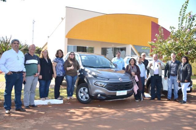 Novos veículos adquiridos em Ubiratã foram entregues durante a Semana Sempre Yolanda