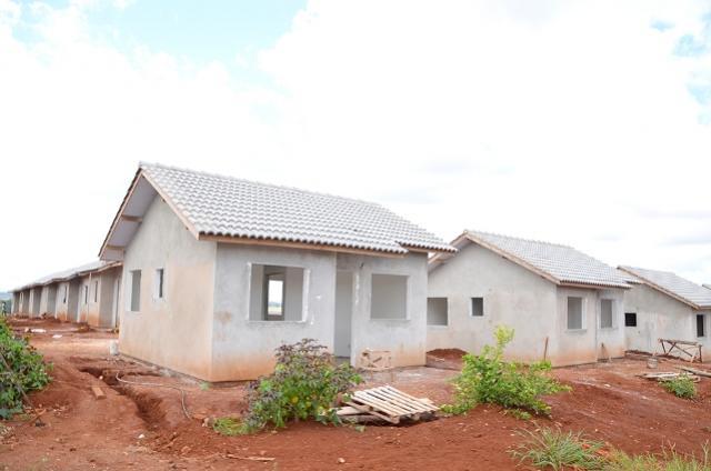 Famílias receberão casas populares que estão sendo construídas em Ubiratã e Yolanda