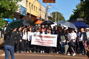 Agentes de Proteção realizam  passeata  pelos Direitos das Crianças e Adolescentes em Ubiratã