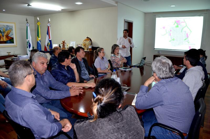 Loteamentos consolidados e em andamentos foi tema da primeira reunião do Conselho de Desenvolvimento Municipal