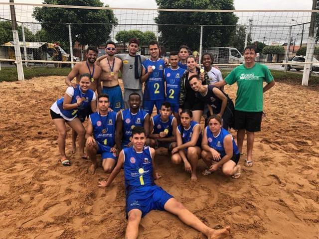 Vôlei de Praia de Ubiratã conquista 9 pódios de 12 possíveis no Viva Verão 2019
