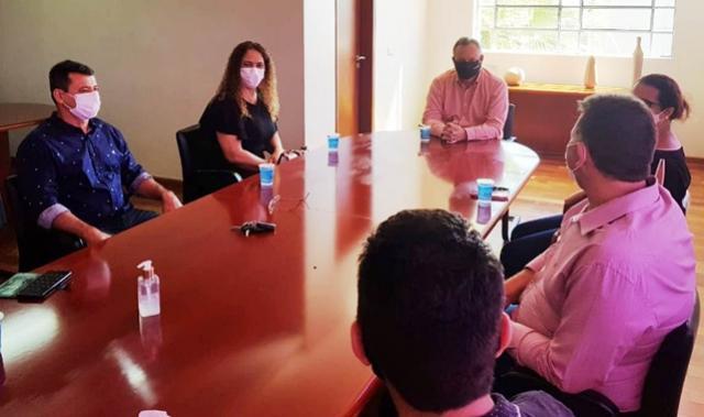 NRE de Goioerê esteve em reunião com o Prefeito Fábio Dalécio para firmar parcerias junto ao Colégio Cívico-Militar