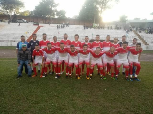 Ubiratã goleia Tapejara e garante vaga na próxima fase da Liga de Goioerê