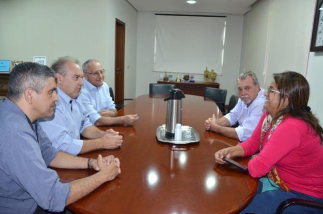Secretária de Saúde recebeu em Ubiratã presidente da Associação dos Consórcios de saúde