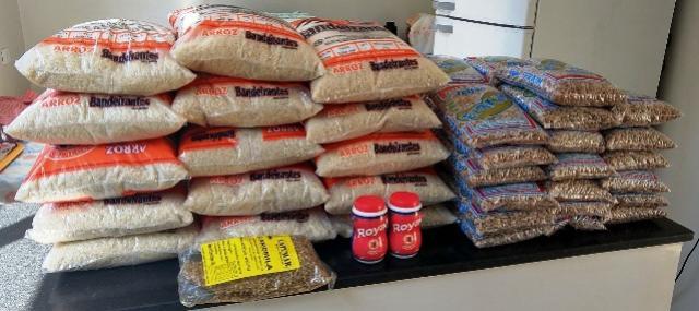 Alimentos da merenda escolar são doados à Secretaria de Assistência Social de Ubiratã