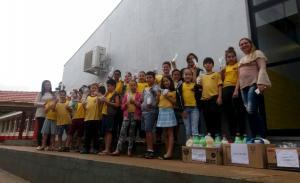 Projeto sustentável de reaproveitamento do óleo usado de cozinha foi desenvolvido com alunos da Escola FurussatoTomio