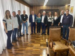 Comitiva de Ubiratã teve audiência no TCE/PR sobre contratação de servidores