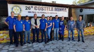 Prefeito Baco prestigia 26ª edição da Costela Minga do Rotary Club de Ubiratã