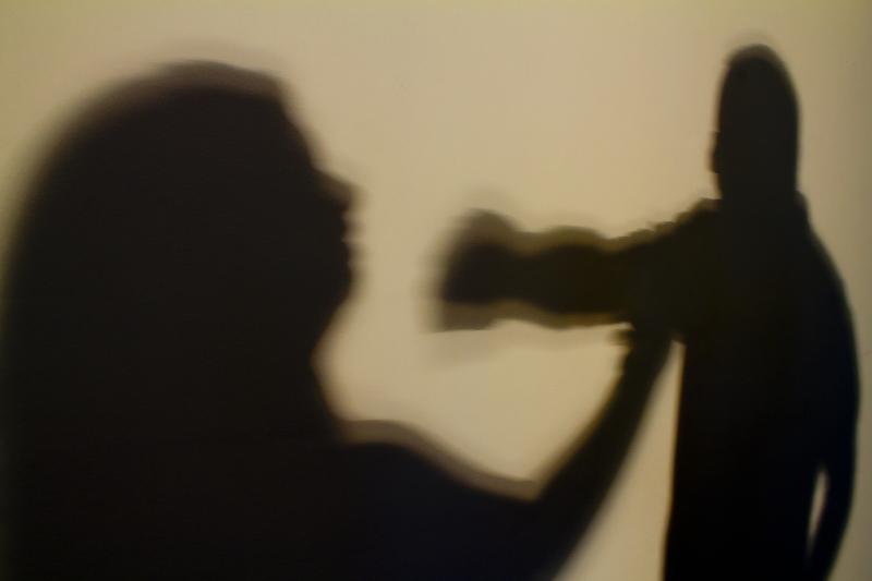 Jovem de 18 anos é detido pela Polícia Militar por agredir a própria mãe em Ubiratã
