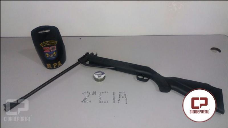 Dois menores foram encaminhados para Delegacia Polícia Militar por destruição de bem público