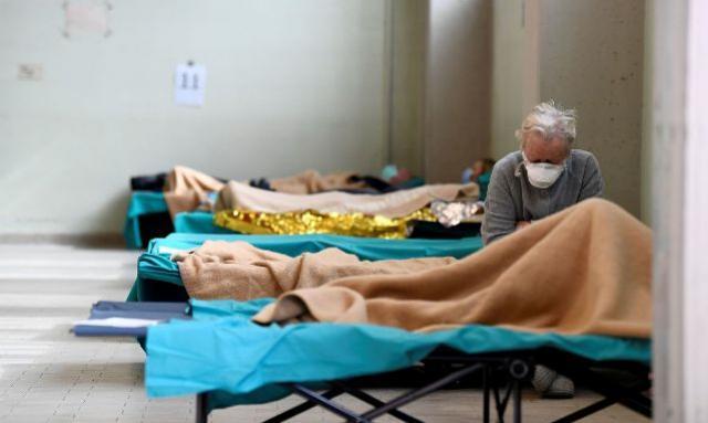 Novo coronavírus traz novos desafios para cuidadores de idosos