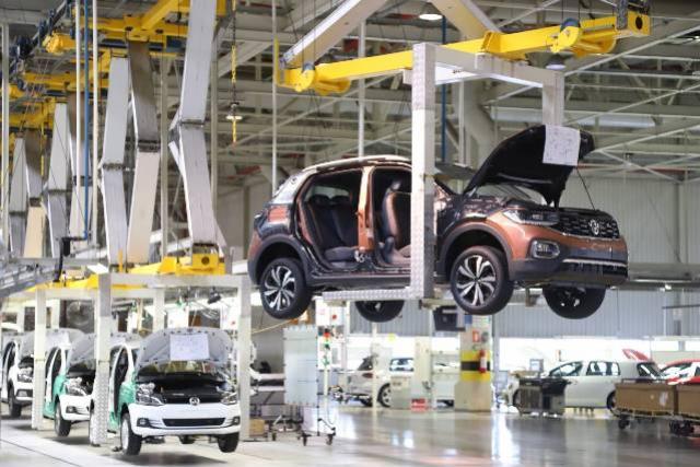 Indústria paranaense cresce 18,1% no quadrimestre, terceira melhor do País