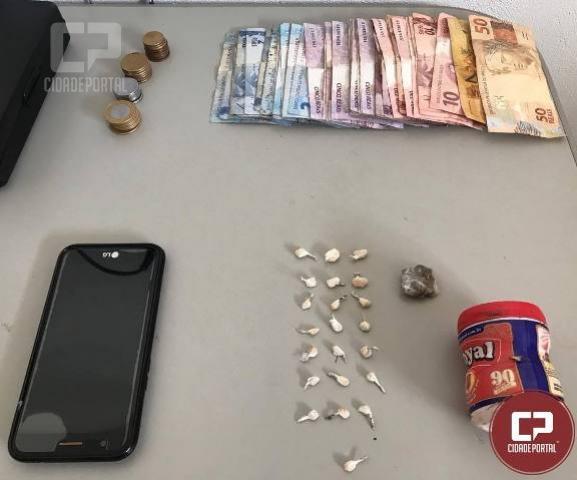 Polícia Militar de Sarandi durante abordagem encontra drogas e dinheiro no bairro Universal