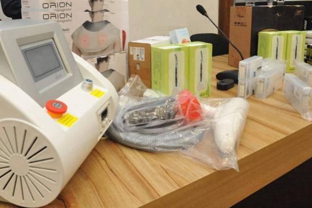 UEL recebe da Receita Federal equipamentos de saúde para usar nos cursos da área médica