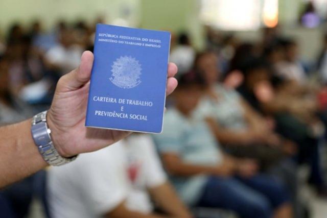Maior do País, salário mínimo do Paraná varia de R$ 1.467,40 a R$ 1.696,20