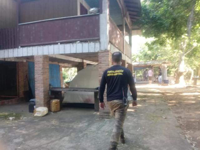 IAT apreende equipamentos de pesca ilegal nos rios Ivaí, Paraná e Piquiri