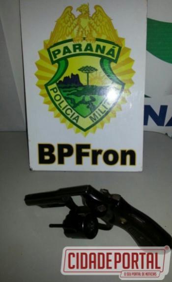 Polícia Militar através do BPFron apreende revólver calibre 38
