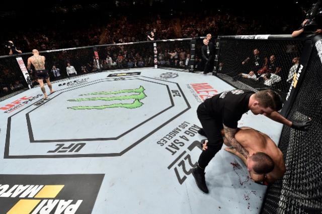 Anthony Smith arrasa Maurício Shogun no primeiro round no UFC Hamburgo