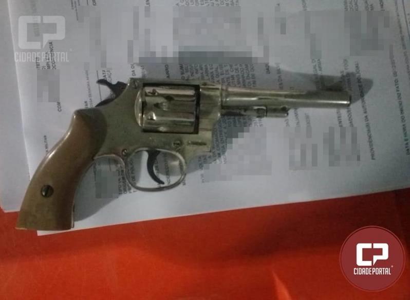 Uma pessoa foi presa pela Polícia Militar de Ubiratã por porte ilegal de arma de fogo