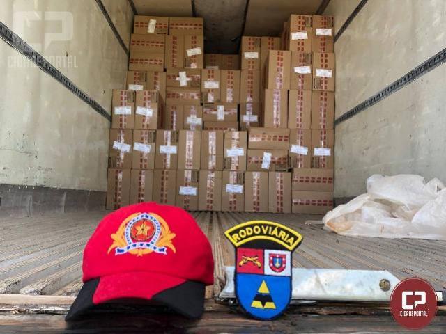 Em operação de fiscalização, PRE apreende cerca de 1.100 caixas de cigarros na PR-323