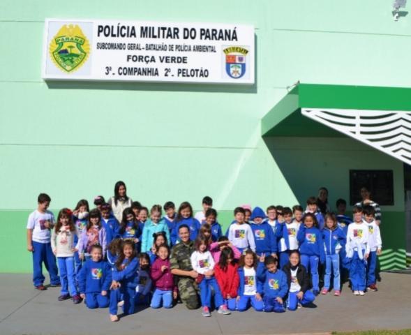Pelotão de Policia Ambiental de Umuarama comemora os 164 anos da PMPR com visita de Crianças