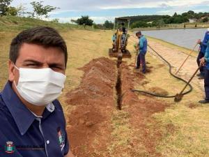 """Empresa licitada inicia instalação da iluminação no Parque Ecológico """"Irineu Volpato"""""""
