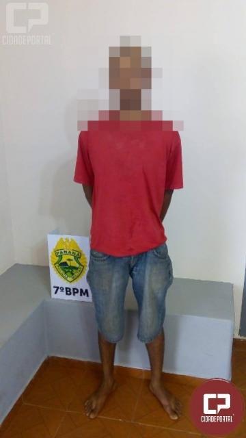 Polícia Militar de Moreira Sales prende uma pessoa acusada de furto que tinha mandado de prisão em aberto